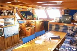 Salon in Gulet - Economical Gulet Charter in Turkish Coasts