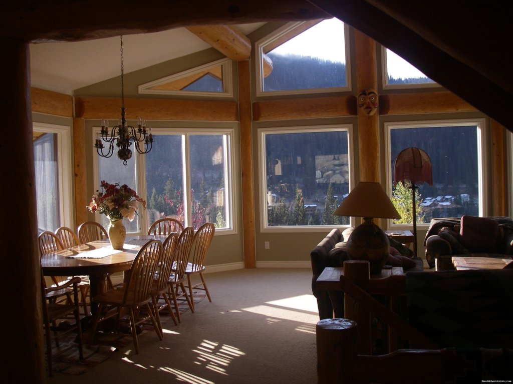 open concept in great room | Image #5/23 | Sun Peaks Resort Private Post &Beam Chalet