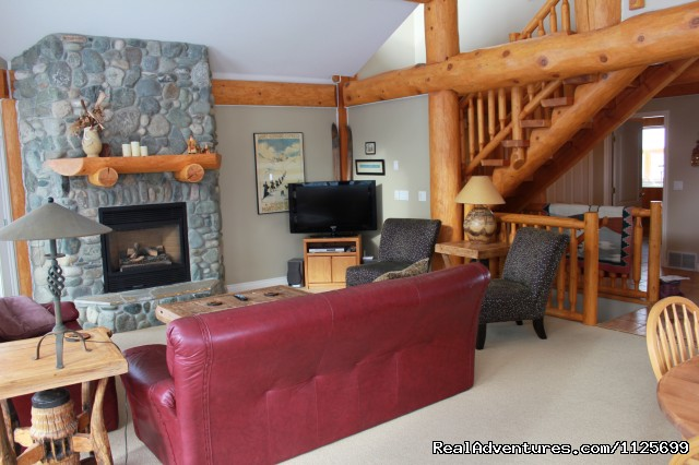 Chillax! - Sun Peaks Resort Private Post &Beam Chalet