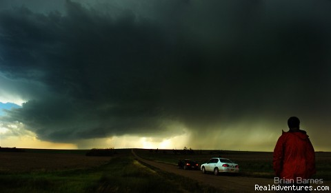 Kansas Supercell Thunderstorm - Violent Skies Tours - Storm Chasing Adventures