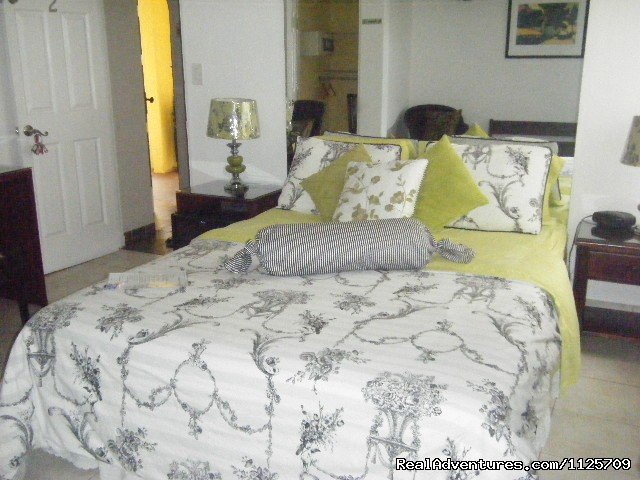 Room with Queen bed | Image #8/9 | Hotel  Casa 69