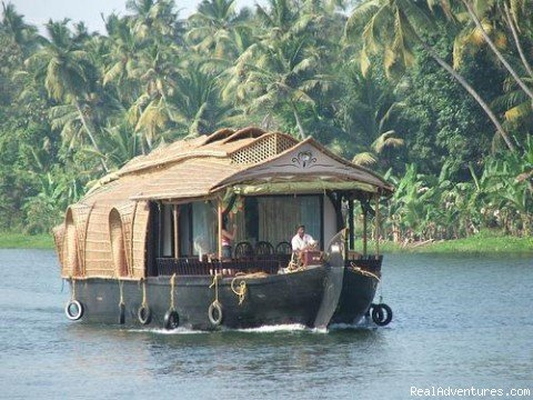 Houseboat at Backwaters | Image #3/4 | Heritage Homestay in Backwater Village
