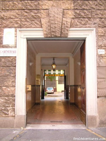 Main Door - RomeBed