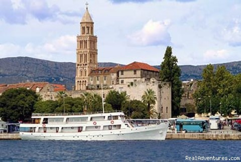 Croatia Cruises: Ship