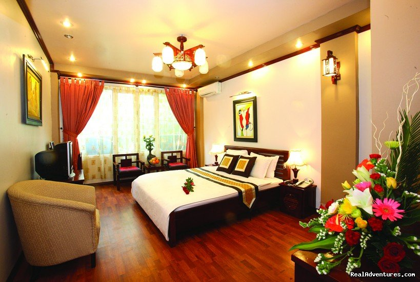 Indochina 1 hotel is situated in an ideal location for traveler and business customer.The hotel with 30 comfortable, clean, convenient and quite rooms. At a short distance  you can reach HOAN KIEM lake, HO CHI MINH Mausoleum, shopping area, bank...