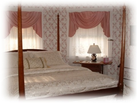 Romantic Fireplace Rooms - Romantic York Maine Inn at Tanglewood Hall B&B