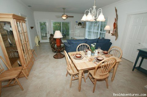 Dining and living room | Image #9/11 | Secluded Suwannee River Retreat