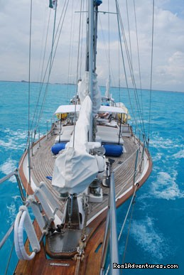 Image #3 of 11 - Caribbean Sailing Charter