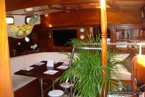 Image #6 of 11 - Caribbean Sailing Charter