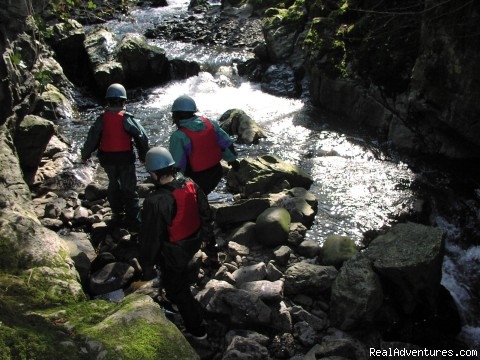 A walk through the Gorge! - Holistic retreats & Pamper Parties UK