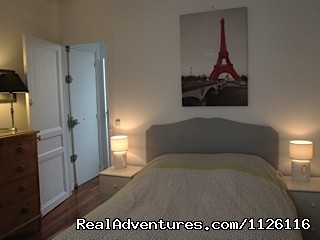Bedroom 2 - Top location large apt Champs-Elysees Eiffel Tower