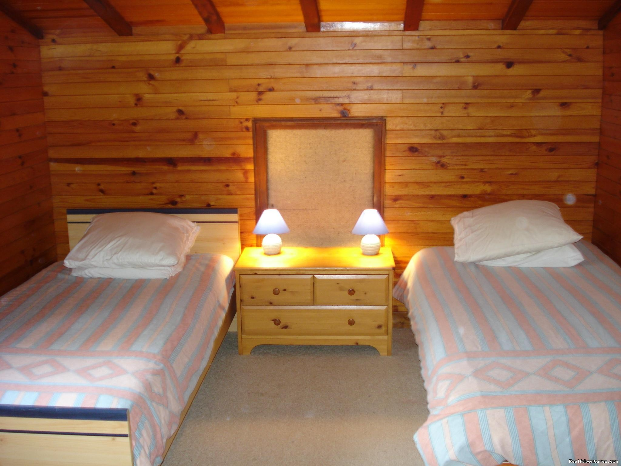 2 Beds In The Chalet Triple Room