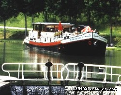 Discover the Burgundy Canal on the 'MS Niagara' Dijon, France Cruises