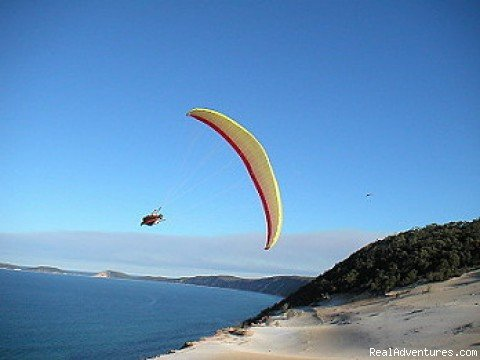 Epic Horizon Paragliding Australia. We offer Paragliding instruction, Tandem flights, Paragliding tours and guiding. Based On the Sunshine Coast, Noosa, Queensland, Australia. Just 1.5 hours from Brisbane