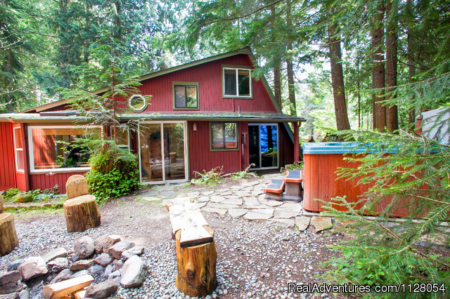 Three Bears Lodge - Luxury Cabins w/hot tubs, fire pit - Mt. Rainier