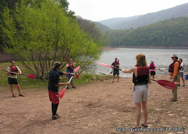 Instructional Kayaking Tours - Maryland Family Kayaking Tours and Snowshoeing