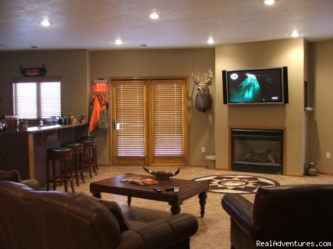 Lounge - Pheasant Hunting and Trout Fish B & B