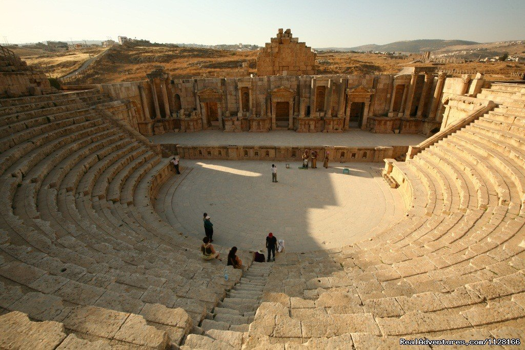 Jerash with Jordan Direct | Image #5/5 | Tour Jordan with the local experts