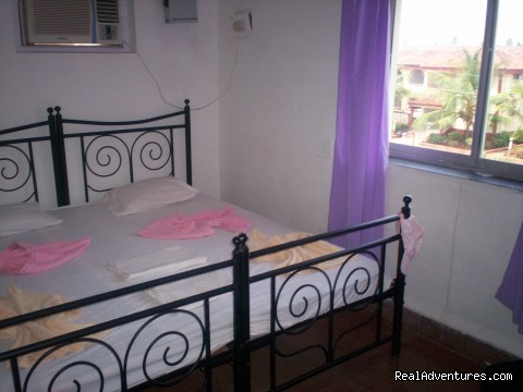 one of the bedrooms in 2 bedroom - Idyllic Beaches In South Goa