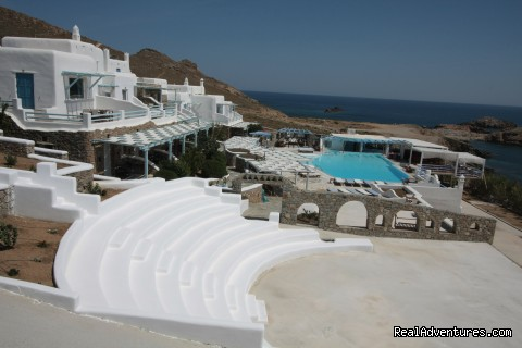 - Mykonos Star deluxe apartments on the beach