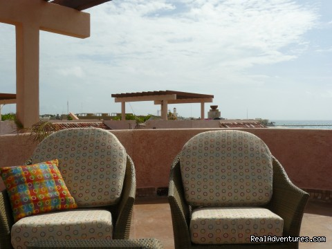 Image #7 of 11 - Cool Penthouse Condo. Oceanfront with Rooftop!