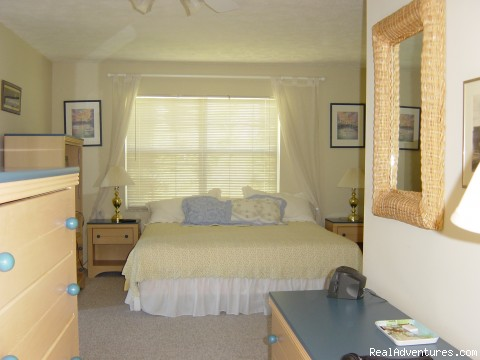 The master bedroom - Key Largo Bayfront Home Getaway