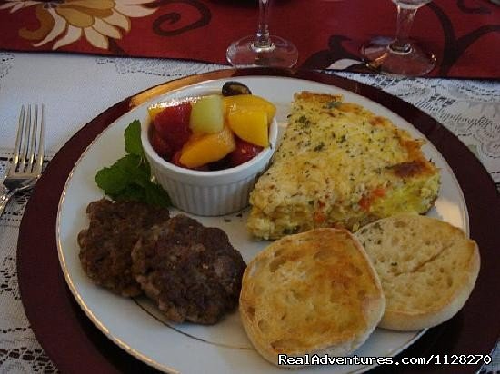 Fresh Frittata Breakfast & Yum! | Image #8/16 | A Jewel of Comfort & Hospitality - Magnolia House