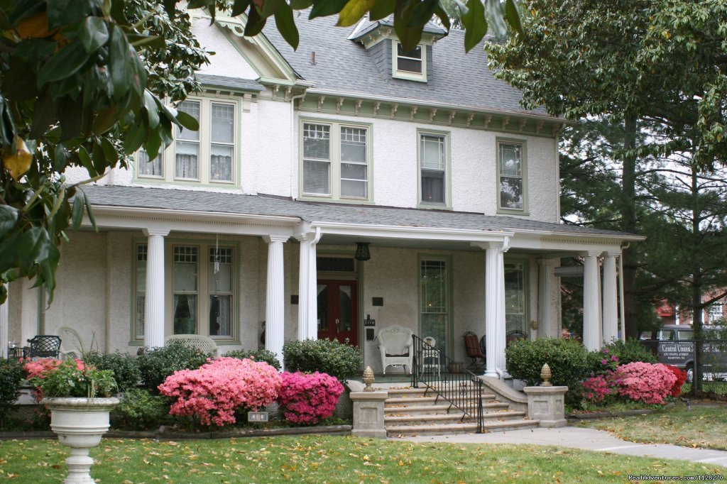 Magnolia House Inn - A Downtown Hampton Retreat | Image #1/16 | Hampton, Virginia  | Bed & Breakfasts | A Jewel of Comfort & Hospitality - Magnolia House