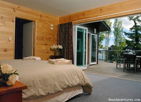 Master Bedroom with sea view - Breakaway Retreat Guest House by the Beach