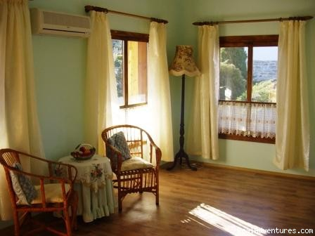 Green Suite - Holiday in a Rural Bulgarian Setting