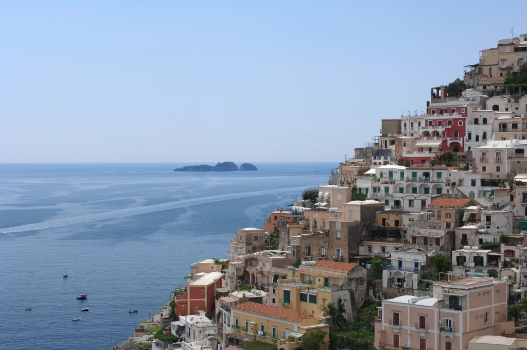 Take a 6 day 7 night tour of the Amalfi Coast including the towns of Positano, Amalfi, Ravello, Capri and many other excursions all by boat.