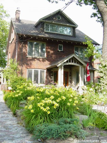 Boutique style Bed and Breakfast/ High Park