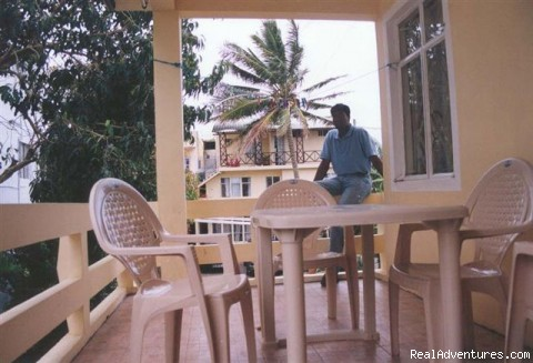 Balcony of a two BD apartment - Enjoy your holiday for the best price qua budget