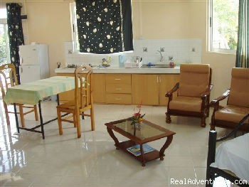 Inside Apartment - Enjoy your holiday for the best price qua budget