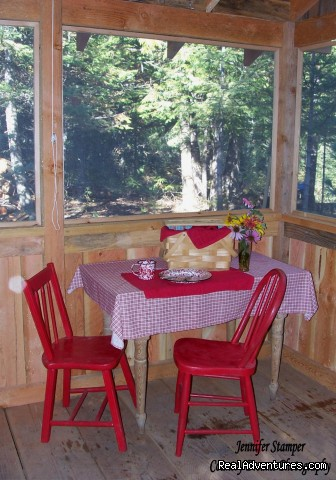 Sandpoint Idaho Wilderness Accommodations - Huckleberry Tent and Breakfast - Sandpoint Idaho