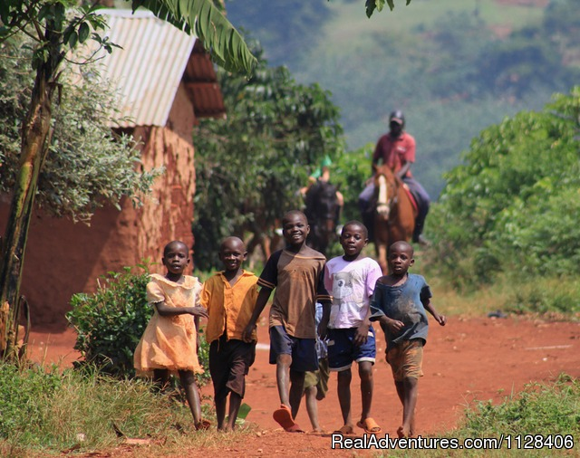 Meet the village kids on your safari - Nile Horseback Safaris by the Nile in Uganda