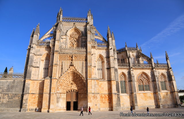 Tours in Lisbon, Algarve, Fatima, Porto, Portugal