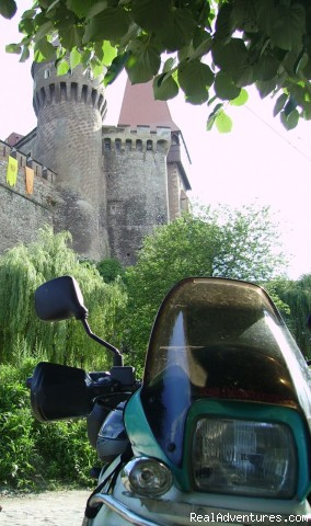Castle bike - Motorcycle Touring & Adventure