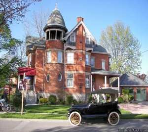 Victorian B&B a short drive away. Bed & Breakfasts Chatham, Ontario