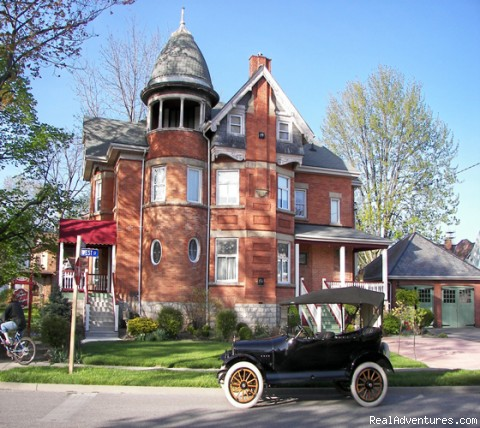Victorian B&B a short drive away. Chatham, Ontario Bed & Breakfasts