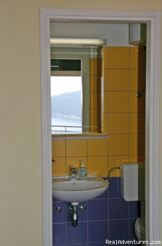 Bathroom inside the room - Dubrovnik Residence