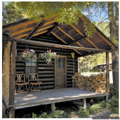 Our Historic Cabin - Small Authentic Old West Guest Ranch Experience