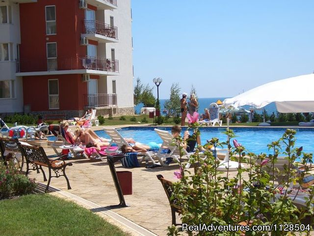 Kids pool - Your Perfect Family Vacation in Bulgaria