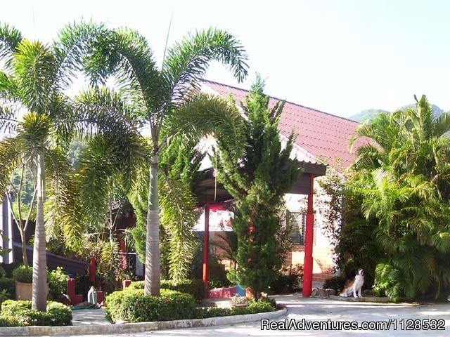 Swiss Ticino Home Stay & Restaurant - Chiang Mai