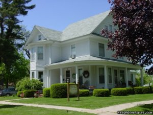 Let Us Spoil You at Charlie-Jane's Bed & Breakfast Mount Ayr, Iowa Bed & Breakfasts