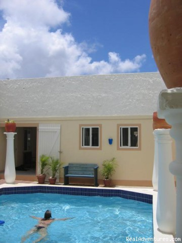 Sunny Bonaire vacation rentals Tropical Hideaway
