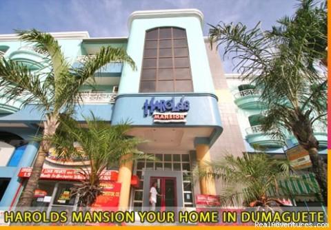 Harolds Mansion your Home in Dumaguete!: Harolds Mansion Facade