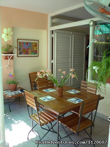 La Casa de Ana B & B  in Havana. - La Casa de Ana,  'Home away from Home'
