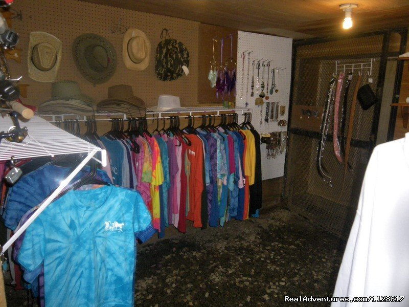 Gift Shop | Image #14/23 | R & R Dude Ranch a year round Country Getaway