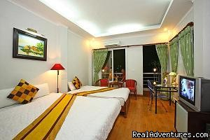Suite room - Hanoi  Mikes Hotel